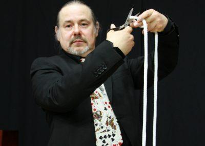 ¿Arreglo la cuerda de la forma cara o la barata?